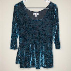 Decree velvet blue top size xl